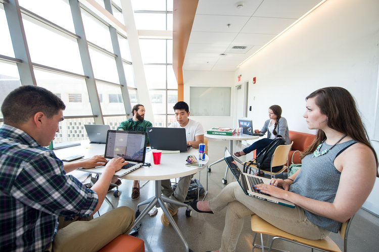 UB students participate in a 2016 hackathon sponsored by Delaware North.