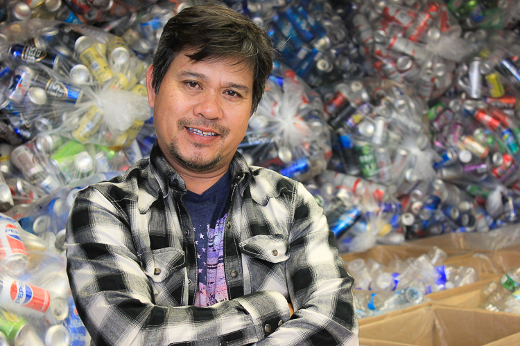 Zaw Win, a former political prisoner, is an inspiration for other Burmese refugees on Buffalo's West Side.